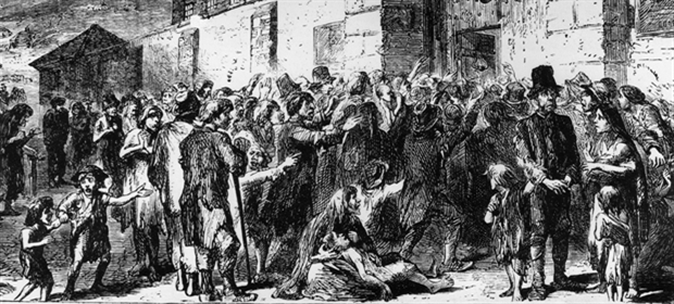 Workhouse-crowd 1