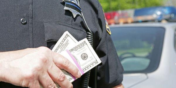 cops-with-money