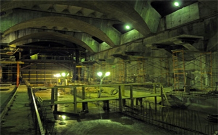 Moscow Bomb Shelters Begin To Fill As Russia Prepares For War Bomb-shelter.jpg-450