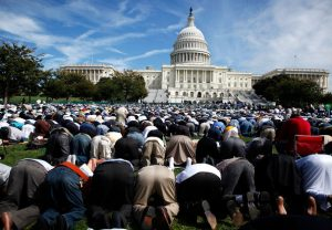 muslims_pray_capitol