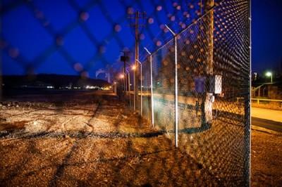 monsanto-fence-400x266