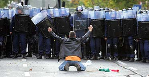 police-state-dissidents