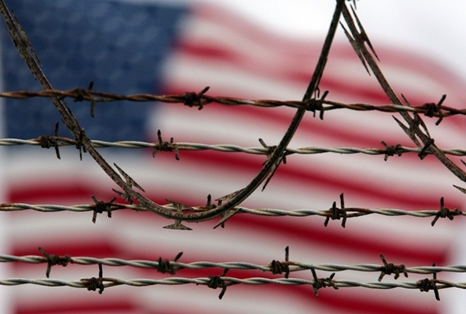 American-flag-barbed-wire-466