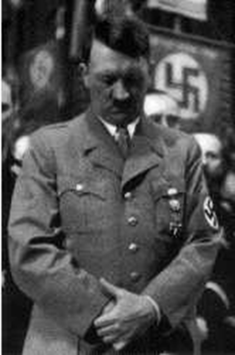 Hitler-praying-460